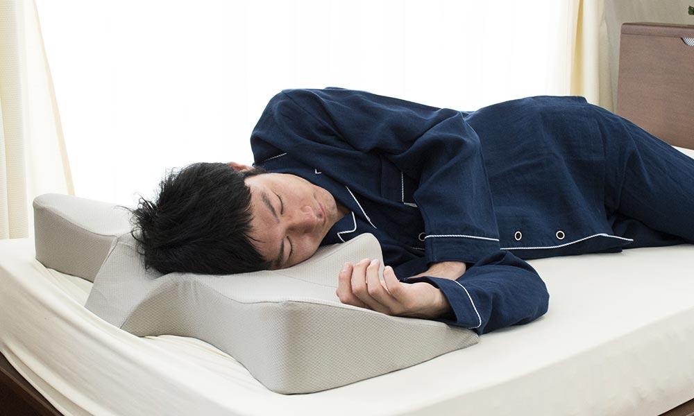 いびき対策におすすめな横向き寝まくら特集
